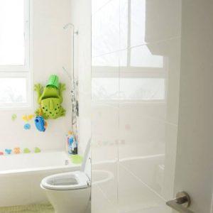 duplex_rch_bathroom1-686x1030
